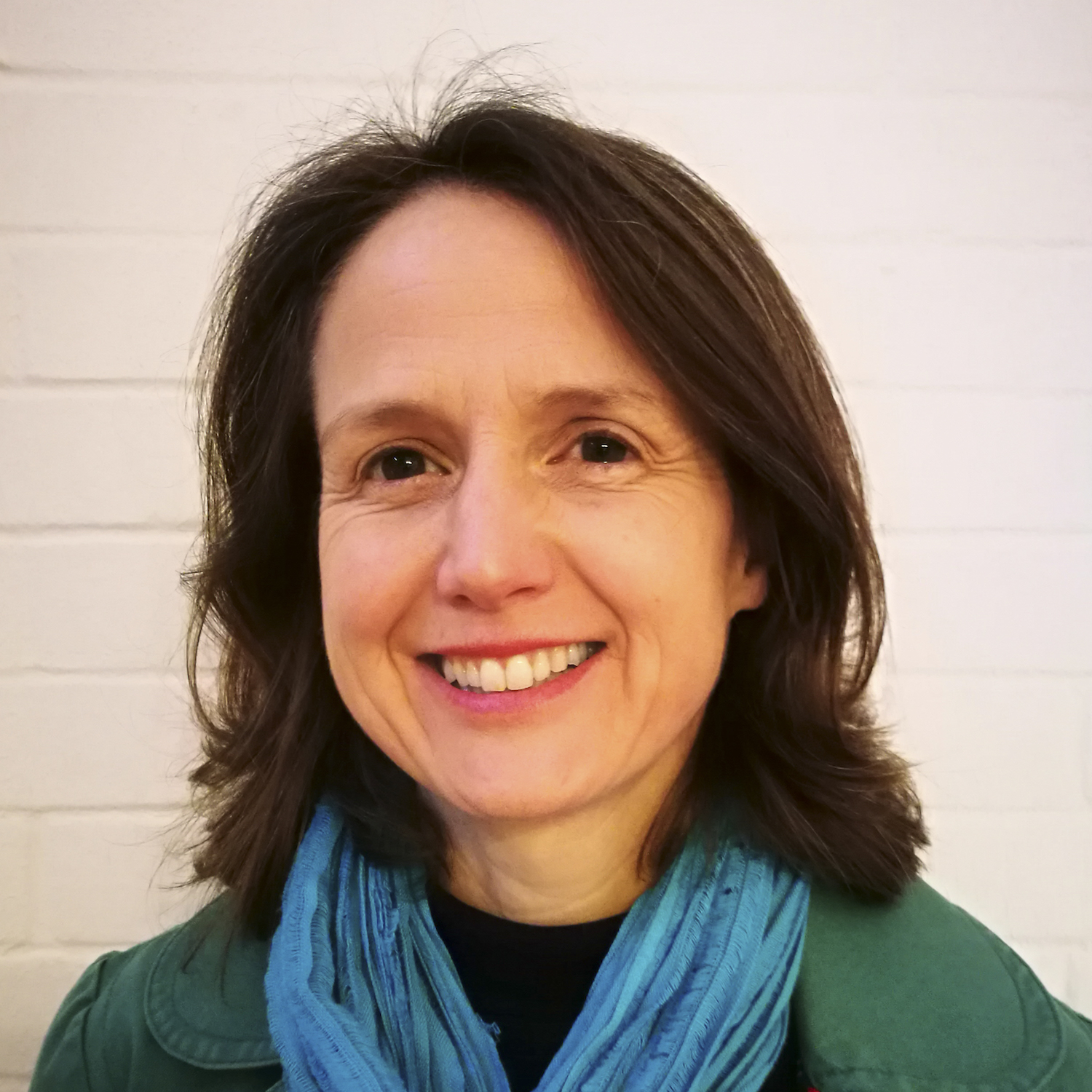 Lucy Thom - CAOS-trained Mediator and Conflict Coach